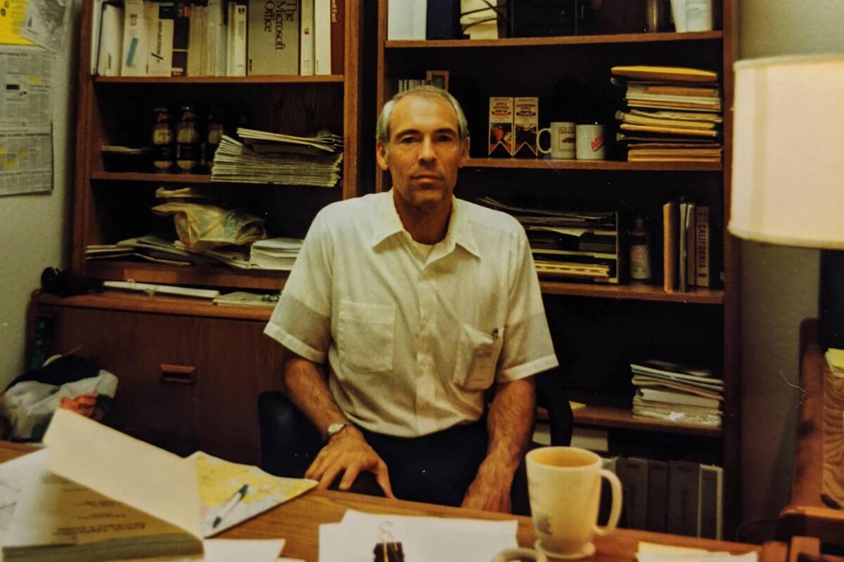 Dr. Jeffrey W. Smith